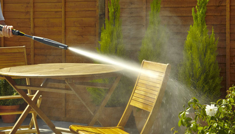 Cleaning Tips For Your Outdoor Furniture